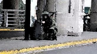 Bomba sanılan valizden vahşet çıktı!