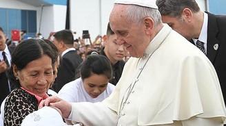 Papa Franciscus Tacloban'ı ziyaret etti