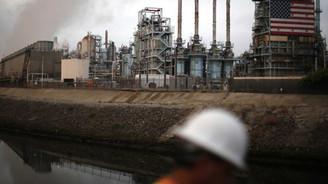 Petrol devlerinin sermaye kesintileri fiyatı yükseltiyor