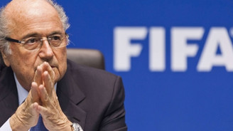 FIFA'ya darbe üstüne darbe!