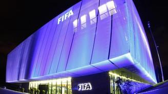 FIFA'da istifa rüzgarı sürüyor