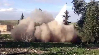IŞİD, Kobani'yi füzelerle vuruyor!