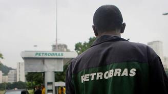 Petrol devi Petrobras'ın eriyişi