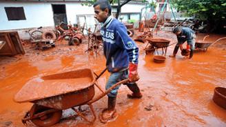 Zehirli çamurun artması önlendi