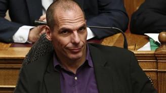 Varoufakis: Gerekirse refaranduma gideriz