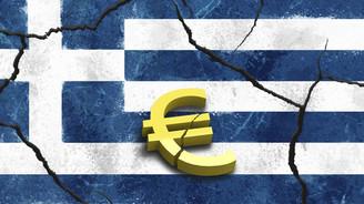 Fitch, Yunanistan'ın notunu düşürdü