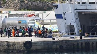 Akdeniz'de 2 bin 100 göçmen kurtarıldı