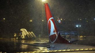 İstanbul'da yağış hava trafiğini etkiledi