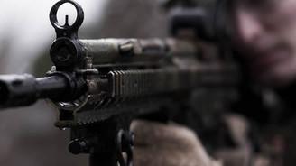 Hakkari'de teröristlerden taciz ateşi