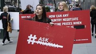 İlaç devine ''Aşı'' protestosu!