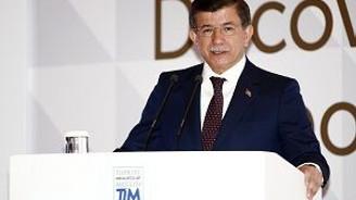 Başbakan Davutoğlu, ihracatçılarla buluştu