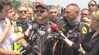 """Motosiklet sürücüleri """"köprü geçiş ücreti""""ni protesto etti"""