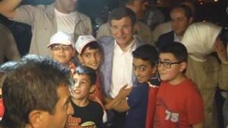 Başbakan'dan Mardin'de ev ziyareti