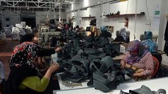 Nüfusu 5 bin, 22 ülkeye ayakkabı ihraç ediyor