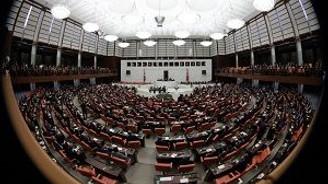 Meclis'te şıklık yarışı