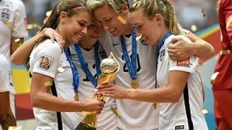 Futbolda kadınların tarihini yazıyorlar