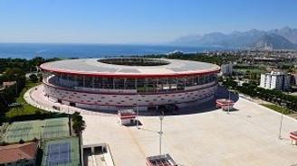 Güneş enerjili stadın açılışı için geri sayım
