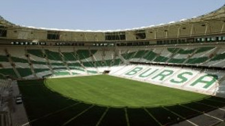 Timsah Arena açılışı ertelendi