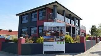 ''Ev fiyatlarının yükselişi krizi işaret ediyor''