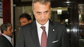 Ahmet Hakan'a  geçmiş olsun ziyaretleri