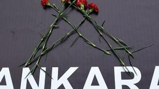 Katliama dünyanın her yerinden tepkiler yağıyor