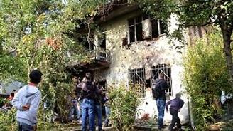 Işid'le bu evlerde çatışma yaşandı