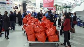 596 diplomatik oy torbası Esenboğa Havalimanı'na getirildi