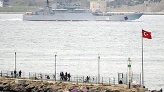 Boğazdan zamanlaması manidar Rus gemisi geçişi