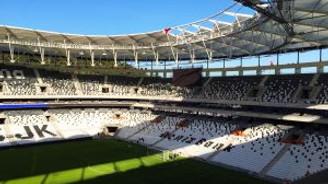 """""""Vodafone Arena"""" aşkına yeni marş!"""