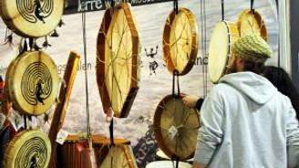 Frankfurt'ta Türk enstrümanlarına yoğun ilgi