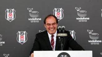 Demirören'den Vodafone Arena'yı kahkahaya boğan dil sürçmesi