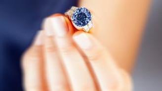 'Derin mavi' 35 milyon $'a satışta