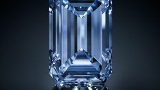 14,62 karatlık mavi elmas, rekor fiyata satıldı