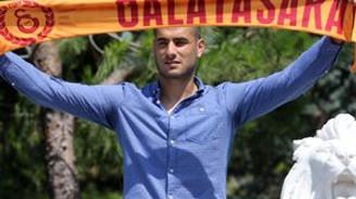 Eren Derdiyok resmen Galatasaray'da!