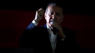 Cumhurbaşkanı FETÖ operasyonlarıyla kapatılan okullarla ilgili konuştu