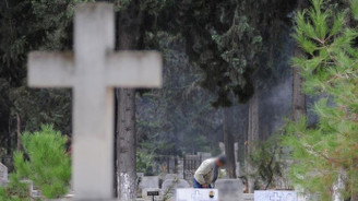 Vergi bildirimi mezarlığa postalandı