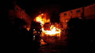 Tutkal fabrikasında yangın: 7 yaralı