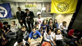 Brezilya'da bir gurup öğrenci başkanlık ofisini işgal etti