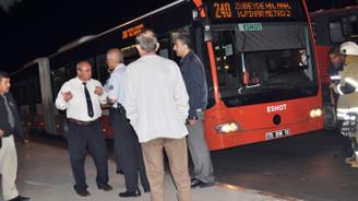 Otobüste tinerli saldırı