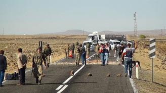 Şanlıurfa'da albayın içinde bulunduğu araca saldırı