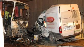 Adana'da zincirleme kaza: 1 ölü 14 yaralı