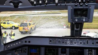 Fenerbahçe uçağı acil iniş yaptı