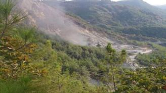 PKK'lılar taş ocağına saldırdı, çatışma sürüyor
