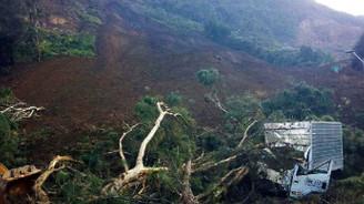 Kolombiya'da toprak kayması, 6 ölü!