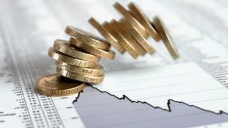 Borsa, rekor kıran doların etkisiyle düşerek açıldı
