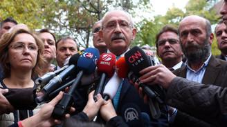 'Gazetecileri tutuklamak abesle iştigal'