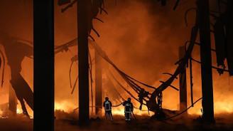Yalıtım fabrikasında yangın çıktı