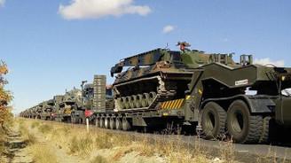 Irak sınırına askeri sevkiyat