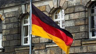 Alman ekonomisi beklentilerden fazla yavaşladı