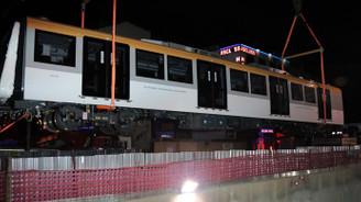 Yeni metro raylara indi